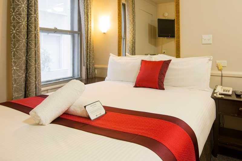 Standard Queen Room City Square Motel Melbourne